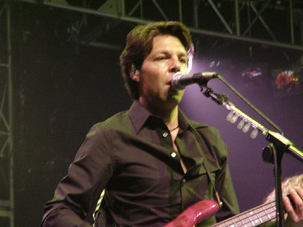 Kasim Sulton in Liverpool - 07/29/02!