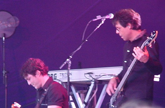 Kasim Sulton at Ravenhill Rugby Ground, Belfast - 17/06/05