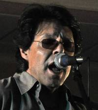 Kasim Sulton solo gig at Akron City Centre Hotel, 09/05/10 - Photo by Whitney Burr