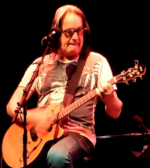 Todd Rundgren at Carolina Theatre, Durham, NC, Monday 7th April 2014