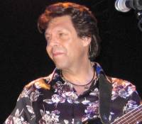 Kasim Sulton and Todd Rundgren at The Variety Playhouse in Atlanta, GA, 04/17/08 - photo by Whitney Burr
